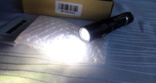 Wiederaufladbare LED-Taschenlampen Test