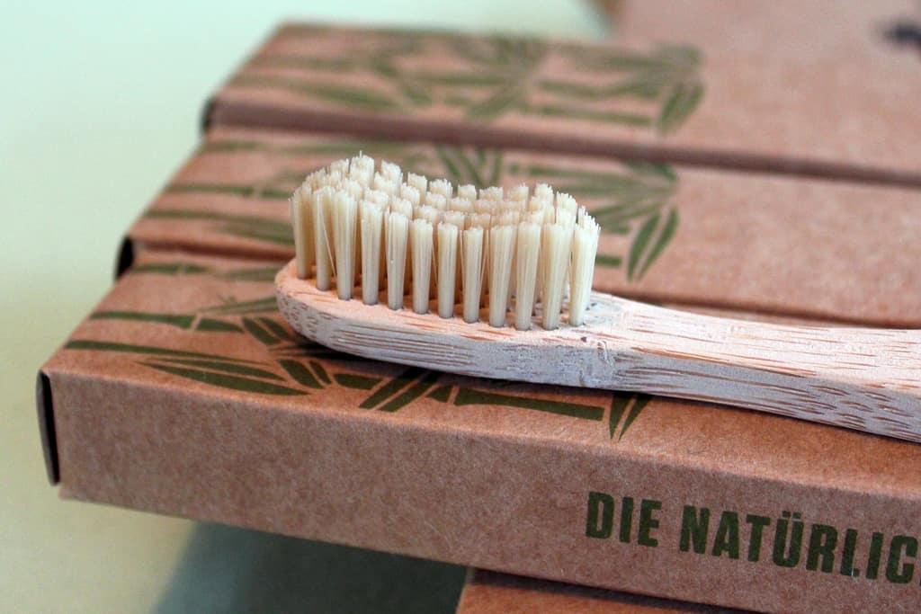 ᐅ Holzzahnbürste Test: Bambus-Zahnbürsten im Vergleich