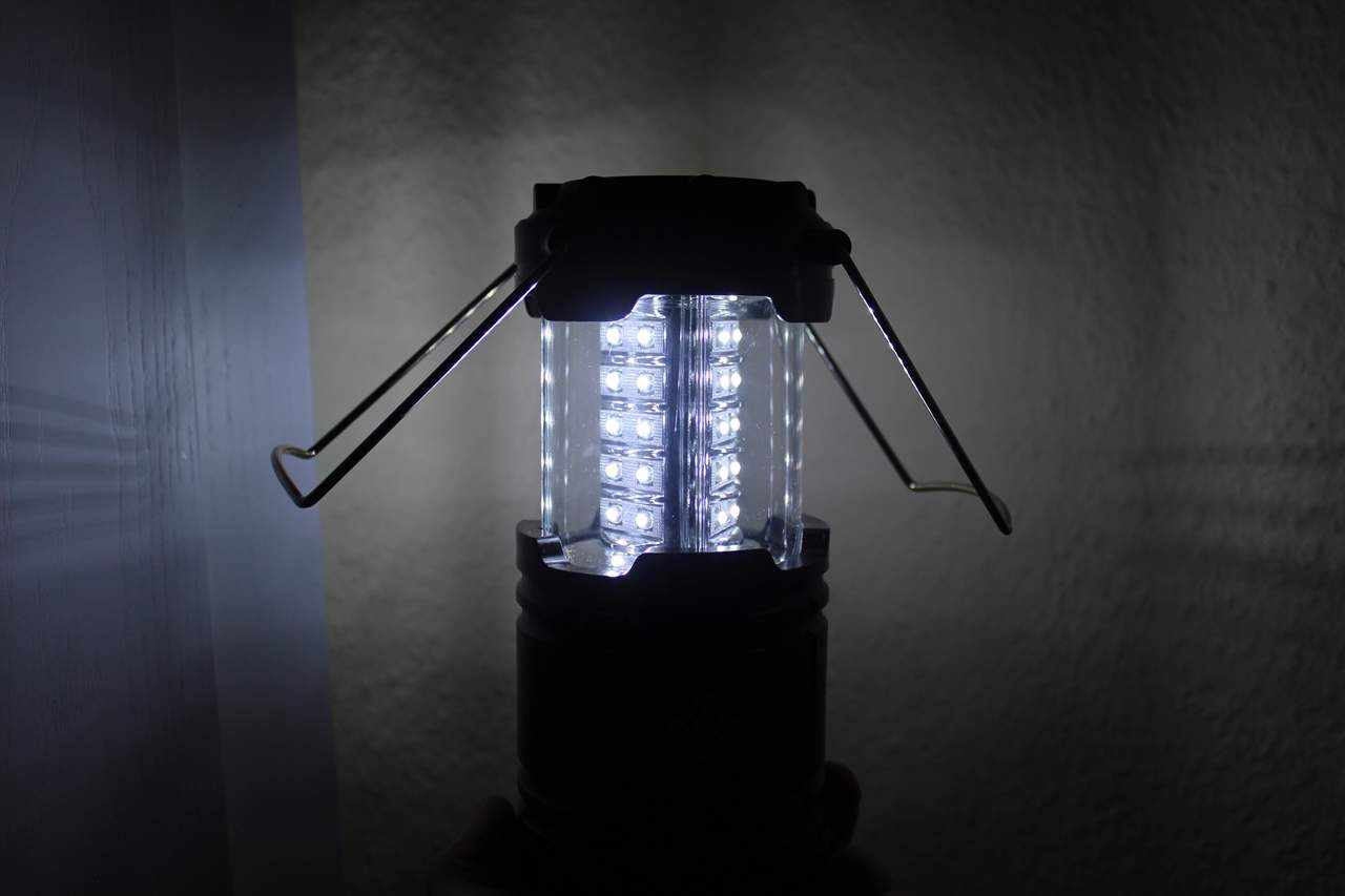 LED-Campingleuchte dimmbar