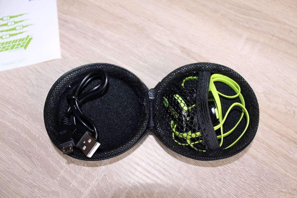 Wasserabweisende Sportkopfhörer mit Bluetooth