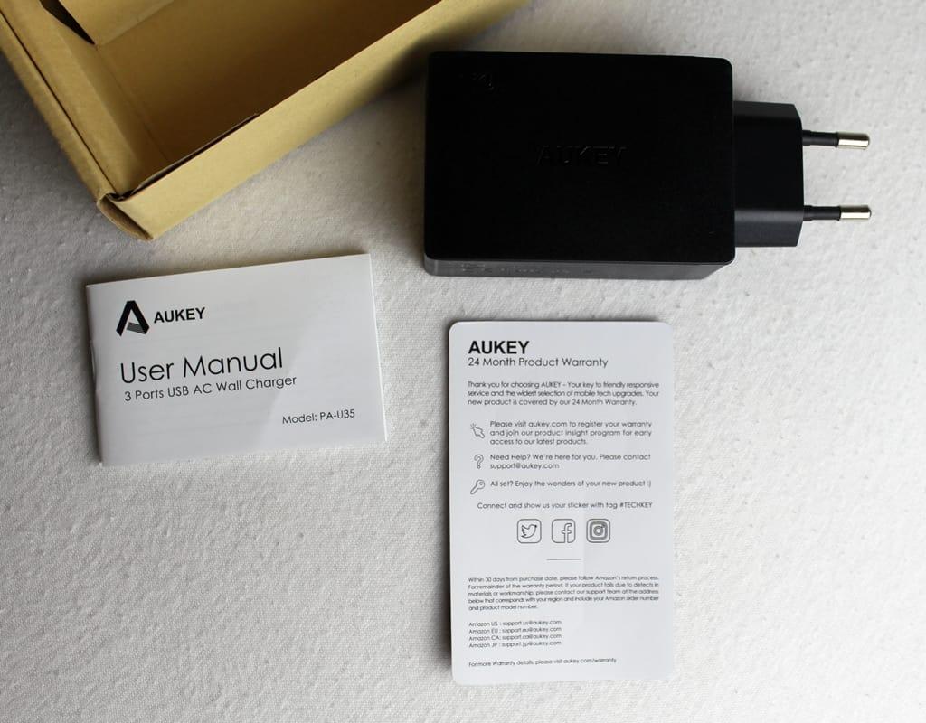 Aukey 3 Port USB Wandladegerät Lieferumfang
